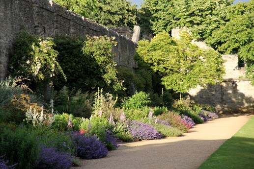 prettiest oxford colleges gardens
