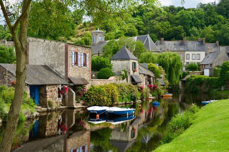 where to stay in Brittany South