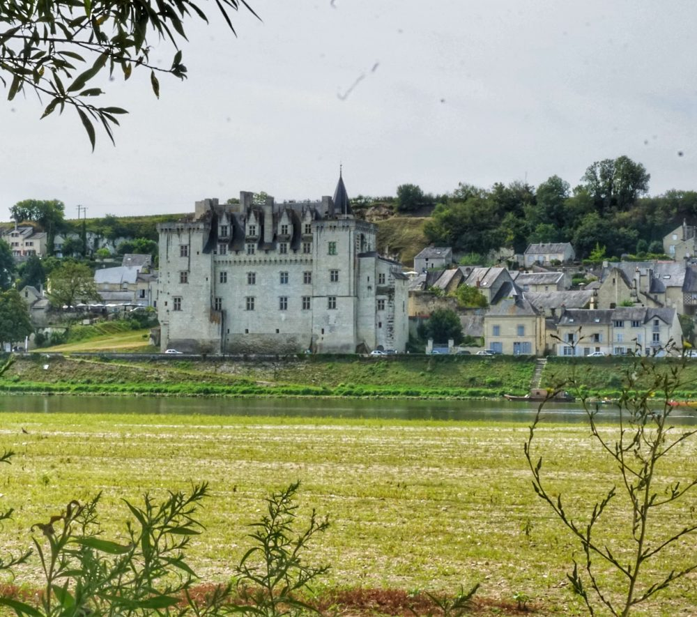 visiting the loire valley on holiday