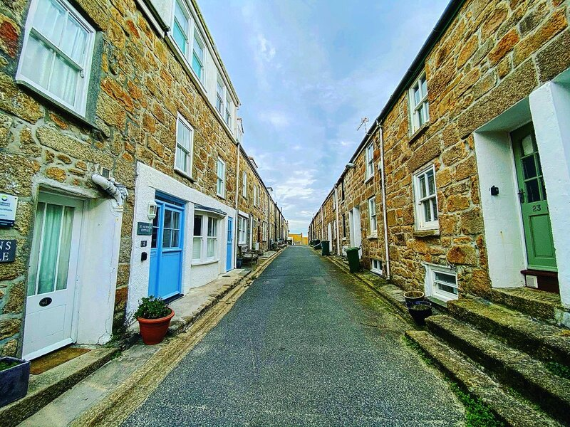Cornwall seaside towns can have pretty narrow lanes and it's often best to park on the outskirts of town and walk in.