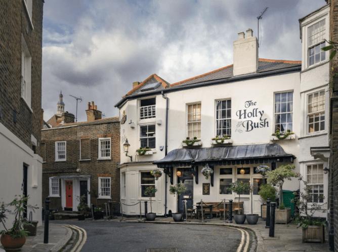 Brunch Hampstead pubs - The Holly Bush