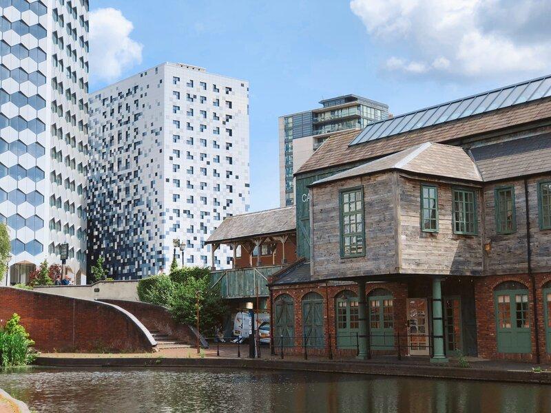Birmingham, Uk. Architecture in the Canal Quarter