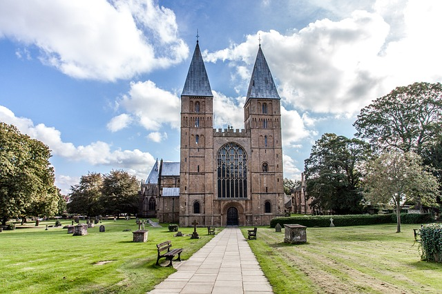 things to do in Southwell, Nottingham - visit the minster