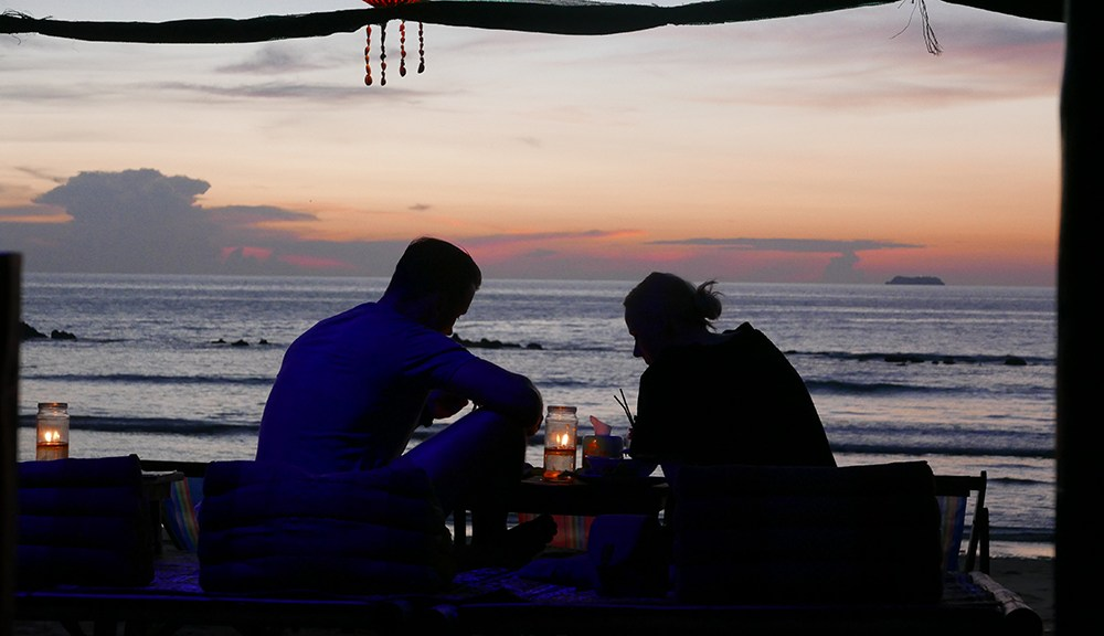 Koh Lanta Sunset Couple