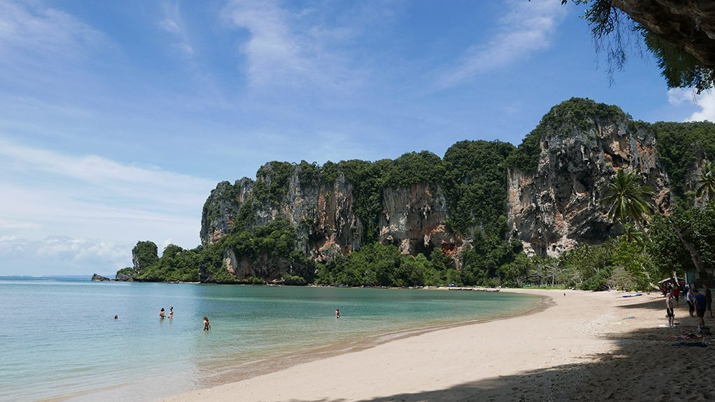 Railay Tonsai Beach