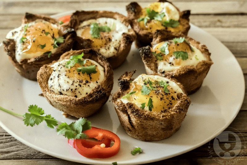 Kids are going to love their morning meal like never before when you serve these fun egg toast cups for breakfast! With veggies and egg, these make for a complete meal!