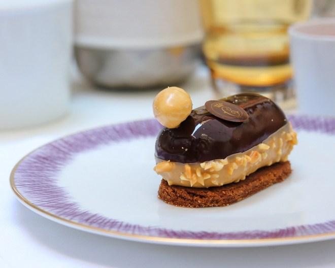 dessert chocolat noir du brésil et cacahuète signé Matthieu Carlin