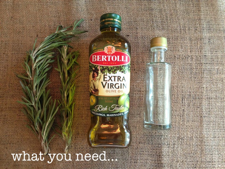 DIY ROSEMARY INFUSED OLIVE OIL FAVORS