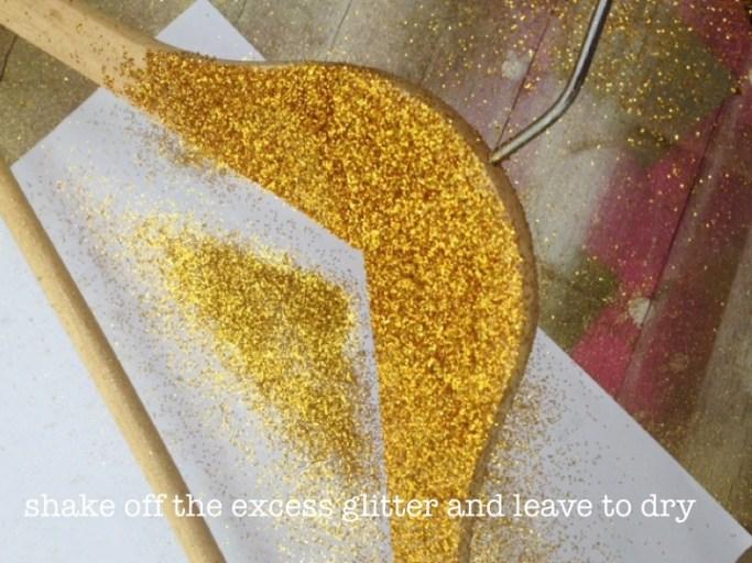 DIY Glittery hangers