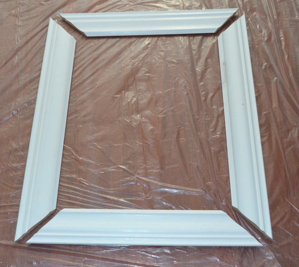 """Cut Moulding to Make Picture Frame"""