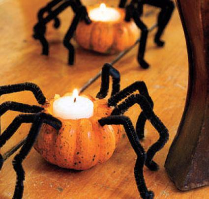 DIY Pumpkin spider candle holder