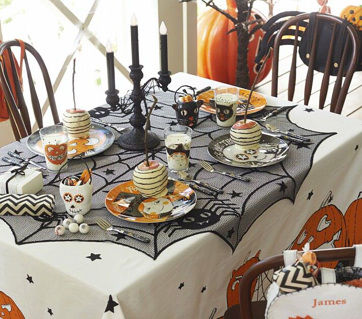 how to create a halloween candy buffet - Halloween Table