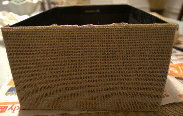 glue burlap onto box