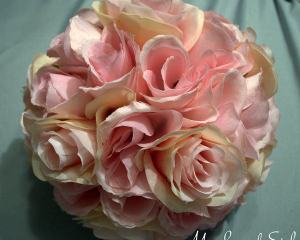 DIY Rose Pomander (Kissing Ball)