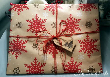 Rustic Dollar Tree Gift Wrap in Redf