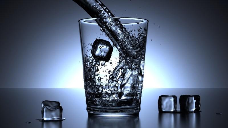 come degustare un whisky importanza dell'acqua