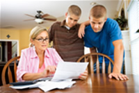 Parent teaching money management