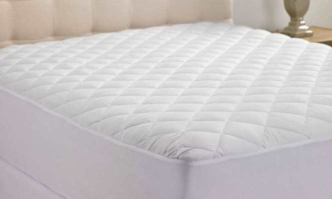 Hanna Kay Queen Size Hypoallergenic Quilted Mattress Pad