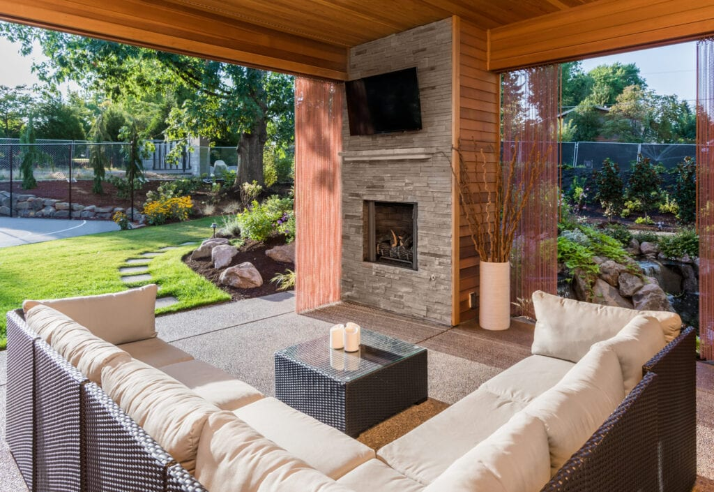 Our 20 Favorite Ideas For Outdoor Living Spaces