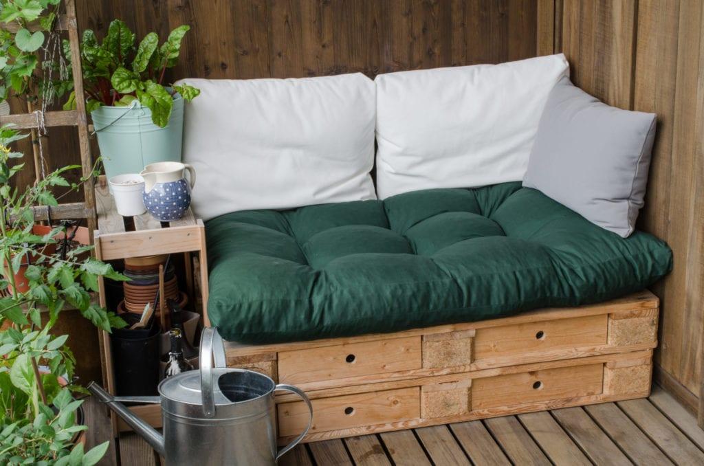 15 Cheap No Grass Backyard Ideas | MYMOVE on Cheap Backyard Ideas No Grass  id=81813