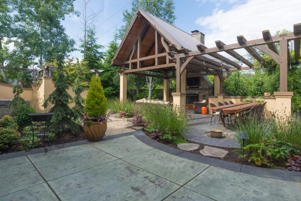 15 Cheap No Grass Backyard Ideas | MYMOVE on Cheap No Grass Backyard Ideas  id=56075