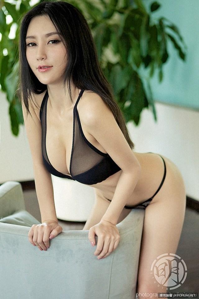 Pan Chun Chun 潘春春 | F-Cup Nipples See Through | | Gravure