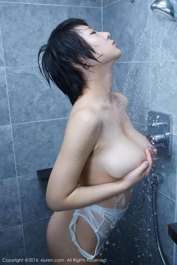 Yu Tong Yoyo Gallery  Xiuren Naked Model Xr2016V453 -7895
