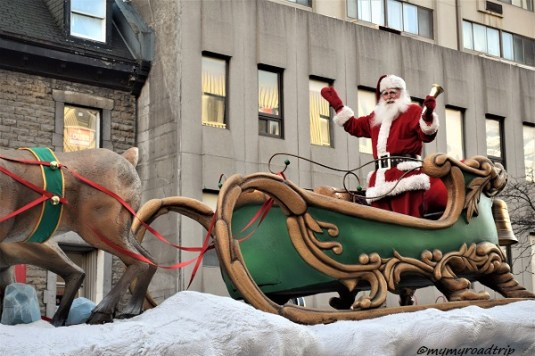 char-pere-noel-montreal