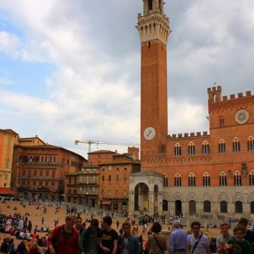 The Towns of Tuscany: Siena, San Gimignano, Montepulciano, Volterra, & Pienza