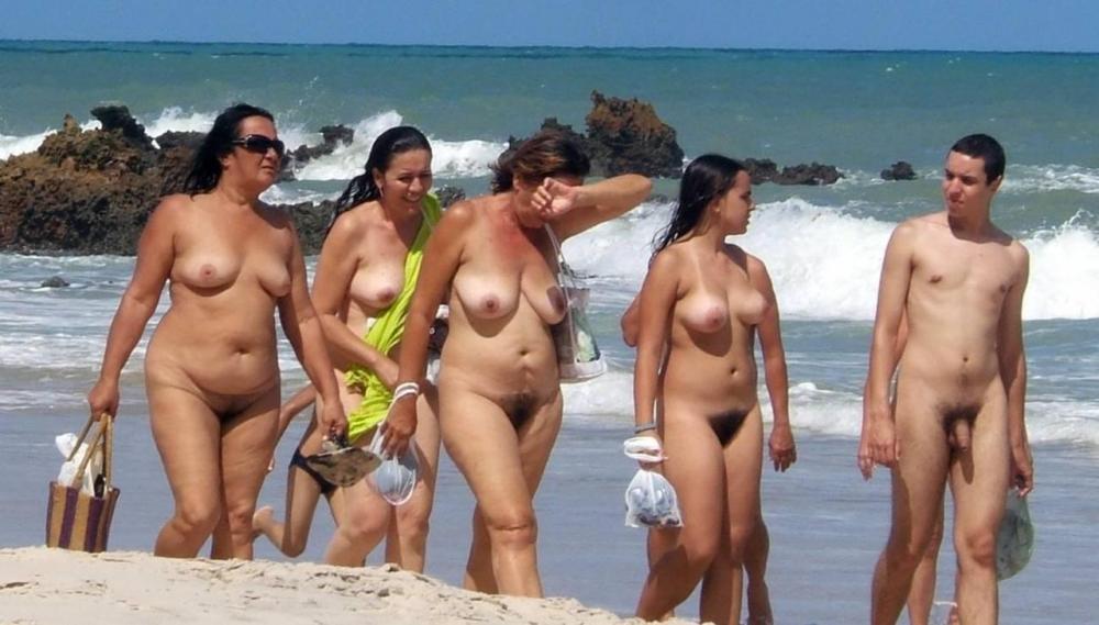whole family nude pics