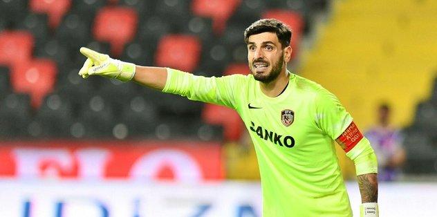 Gaziantep FK Günay Güvenç'in sözleşmesini yeniledi