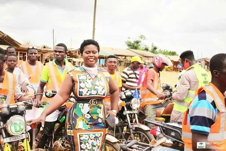 PHOTOS: 28 'serious' pictures of 'heavily endowed' Jomoro MP Dorcas Affo-Toffey that will blow your mind and MORE 8