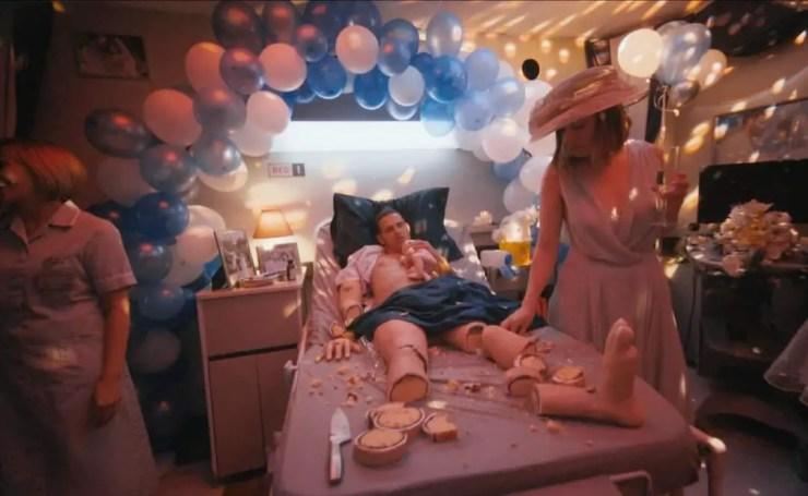 PHOTOS: A woman eats her ex-husband madeinto a caketo celebrate their divorce. 5