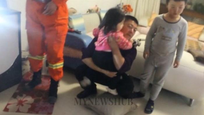 Kanak-Kanak Terperangkap Dalam Mesin Basuh Di China