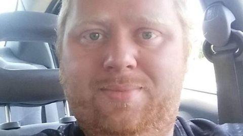 Simon Porter, 33