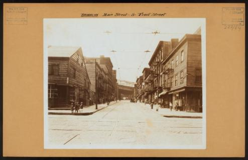 Main and Font Streets facing Brooklyn Bridge in 1926/NYPL Digital Collections