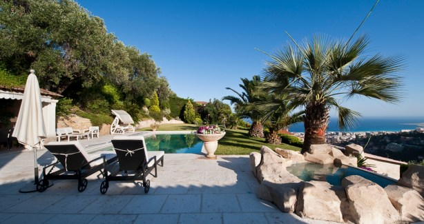 Luxury villa with private pool and breathtaking panoramic seaview