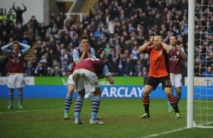 Brad+Guzan+Reading+v+Aston+Villa+Premier+League
