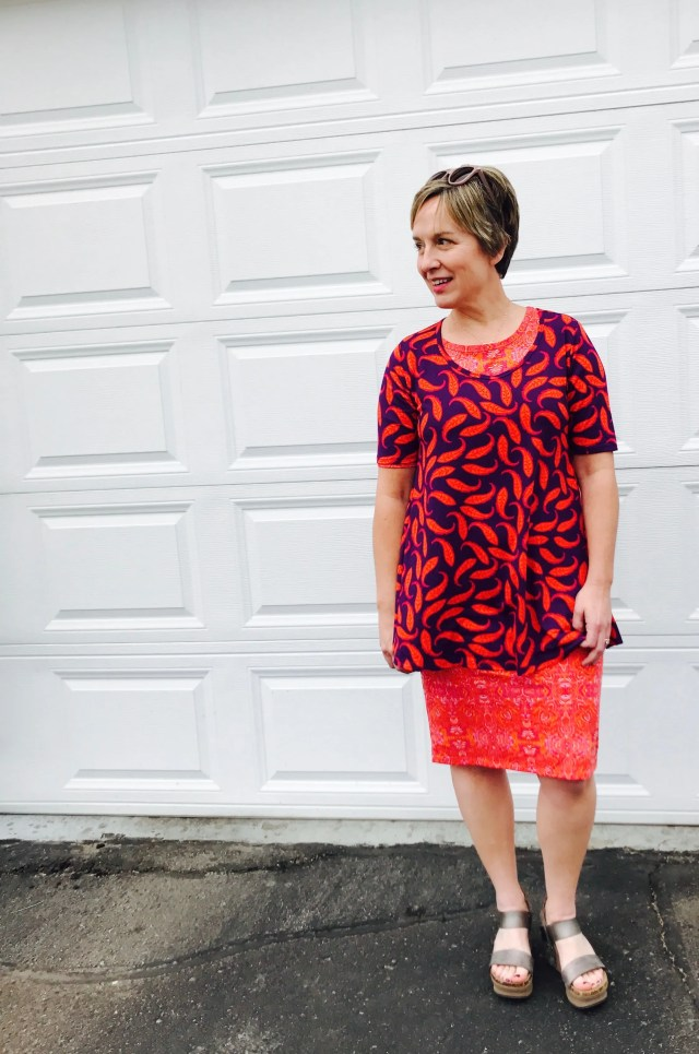 Pattern Mixing 101 | via MyOtherMoreExcitingSelf.com #lularoe #fashion #style