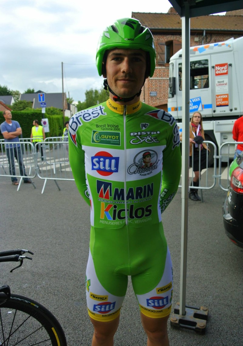 cyclist-team-big-bulges