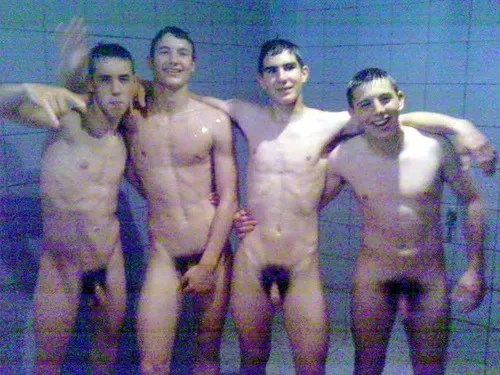 young-boys-naked-in-showers-3