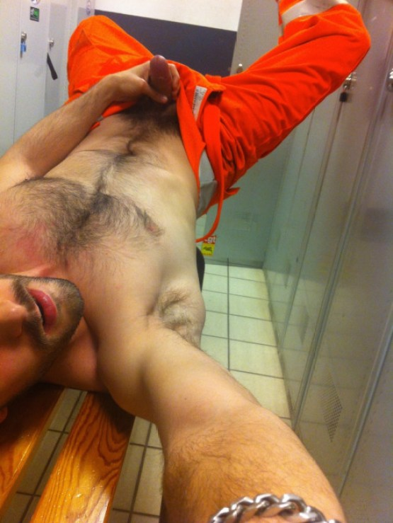 hairy-dude wanking-bench-locker room