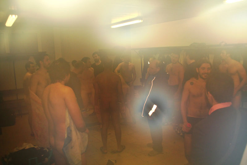 rugby-players-naked-in-the-locker-room