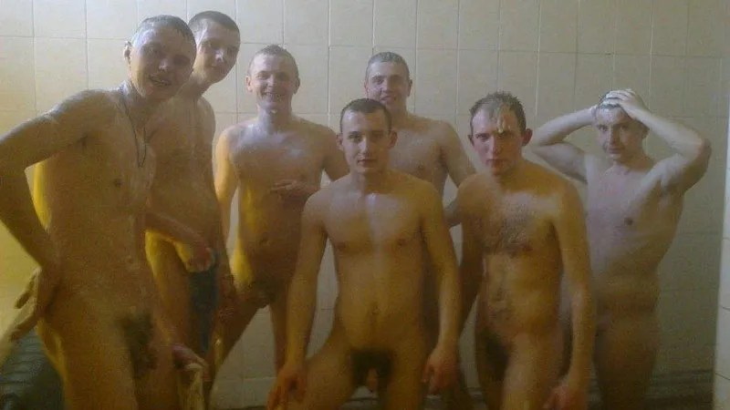 russian-guys-in-the-military-nude