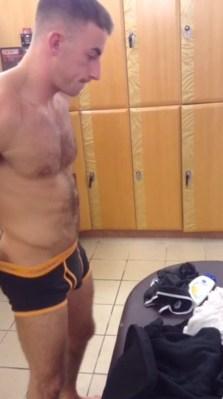 sexy-lad-changing-in-undies-in-locker-room