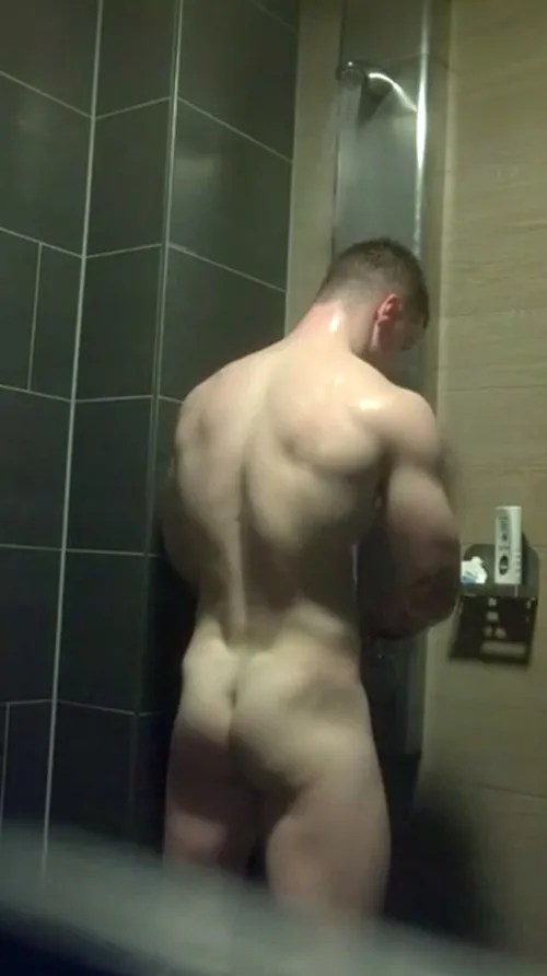 college-hunk-naked