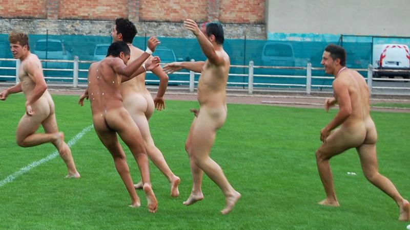 nackte-Rugbyspieler