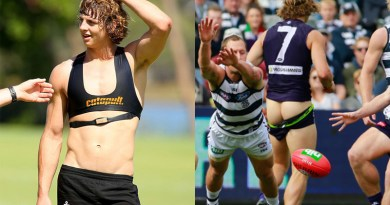 afl-sexy-player-shirtless-and-naked