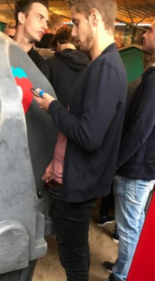 guy-peeing-at-public