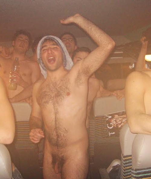 hairy-sportsmen-nude